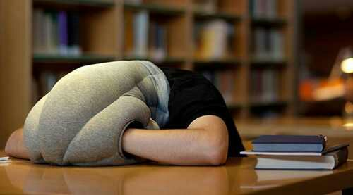 12 Ways To Stay Awake When All You Want To Do Is Sleep