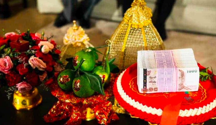 millionaire father offered 2 cr for his daughter marriage