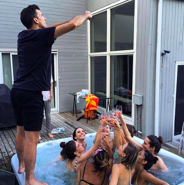 girls taking Instagram photos to next level