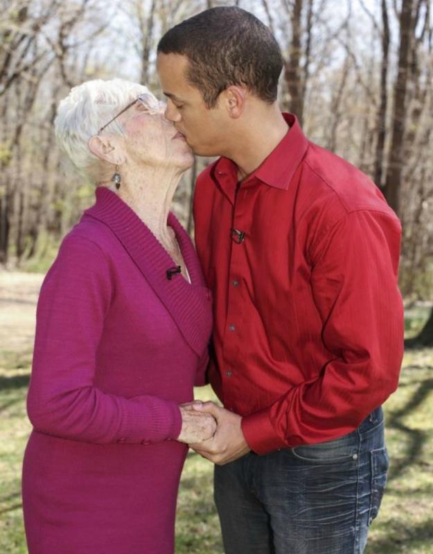 dates older women